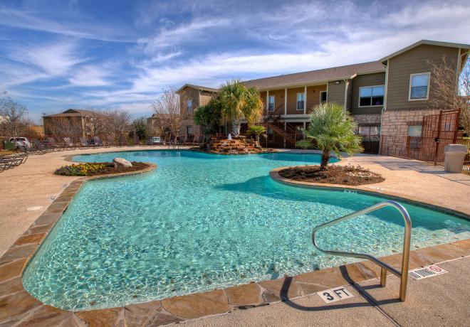 Pool at Listing #144590