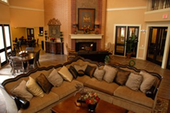 Lounge at Listing #154061