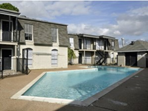 Pool at Listing #139537
