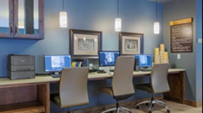 Business Center at Listing #147951