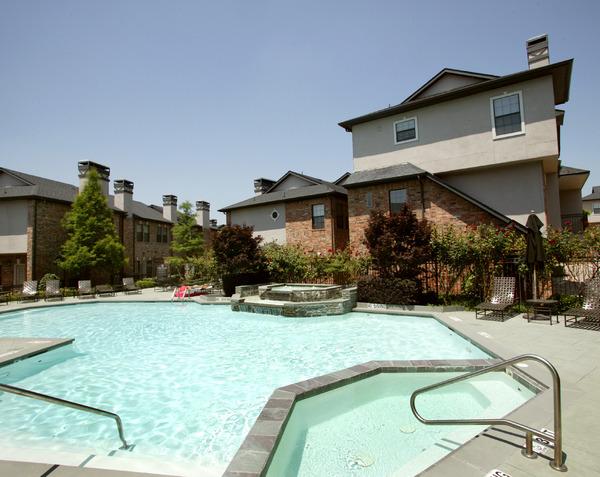 Pool at Listing #137799