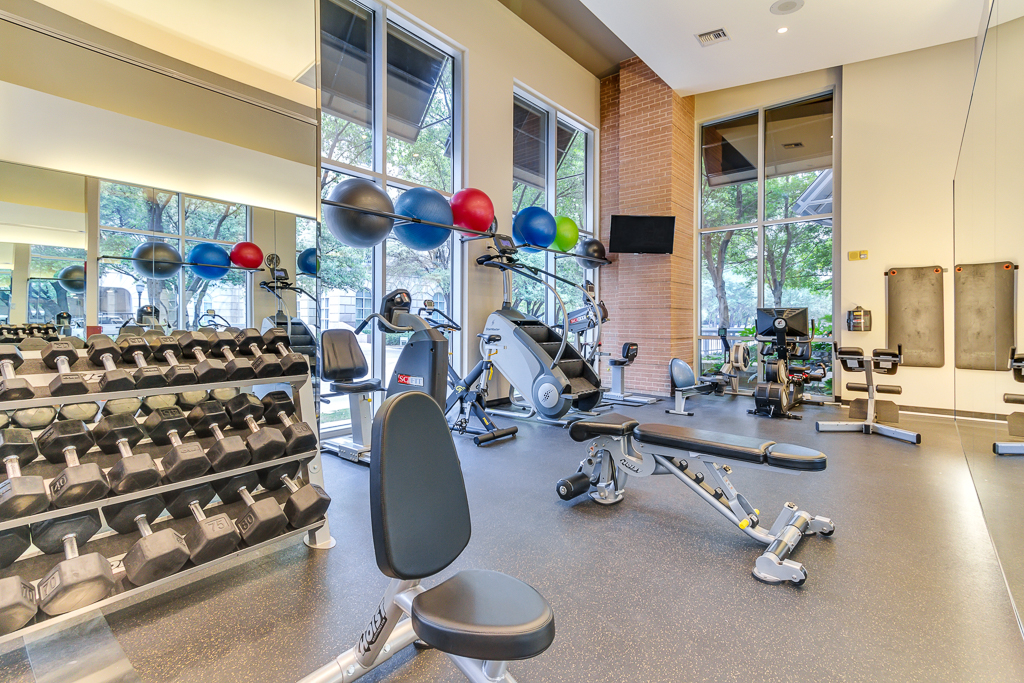Fitness Center at Listing #144149