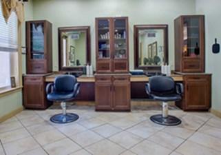 Salon at Listing #283123