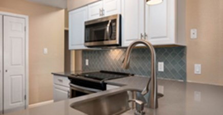 Kitchen at Listing #140412