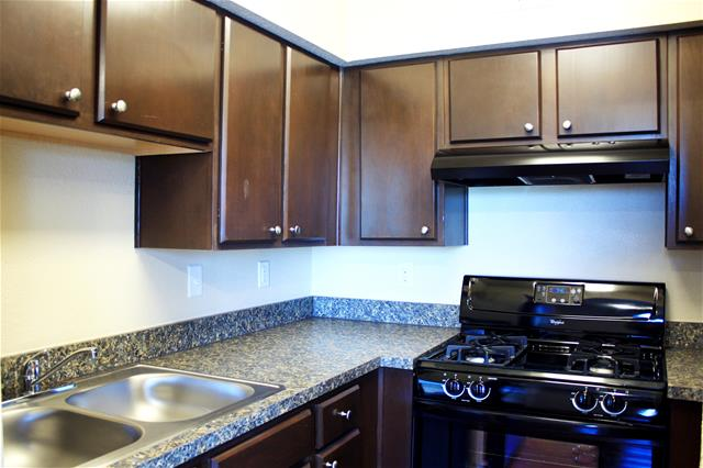 Kitchen at Listing #139242