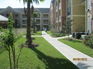 Courtyard at Listing #154381