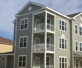 Exterior at Listing #276076
