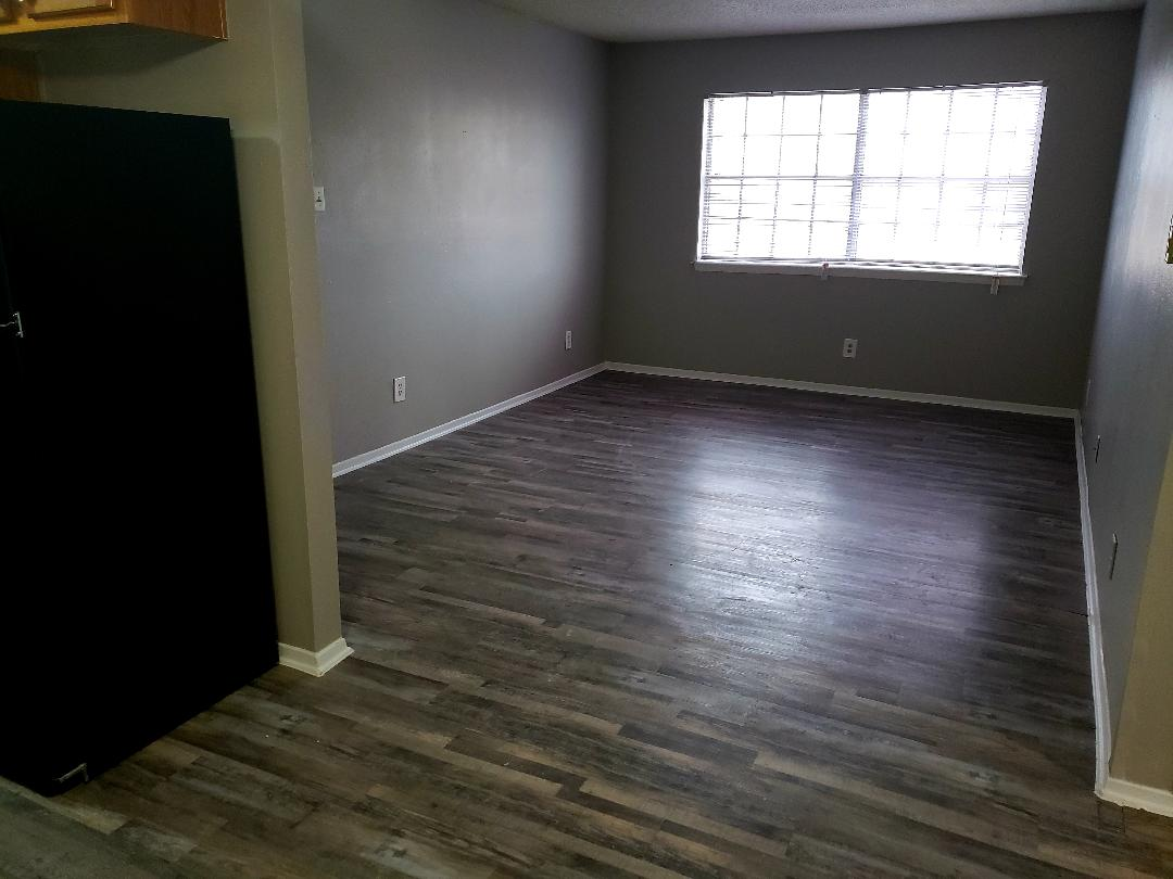 Living at Listing #137332