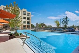 Pool at Listing #288958