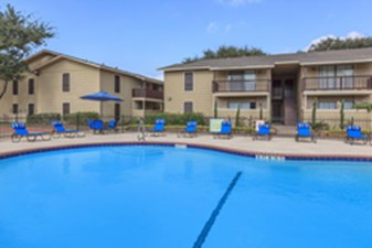 Pool at Listing #140060
