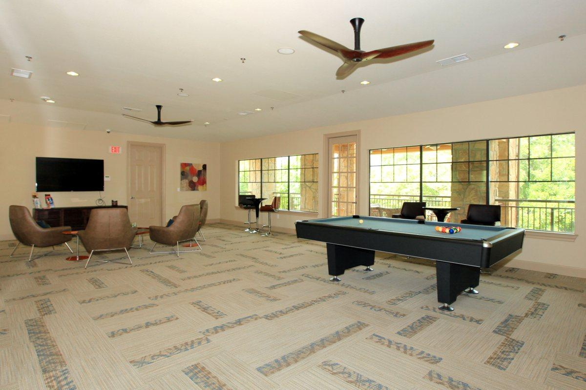 Gameroom at Listing #252050