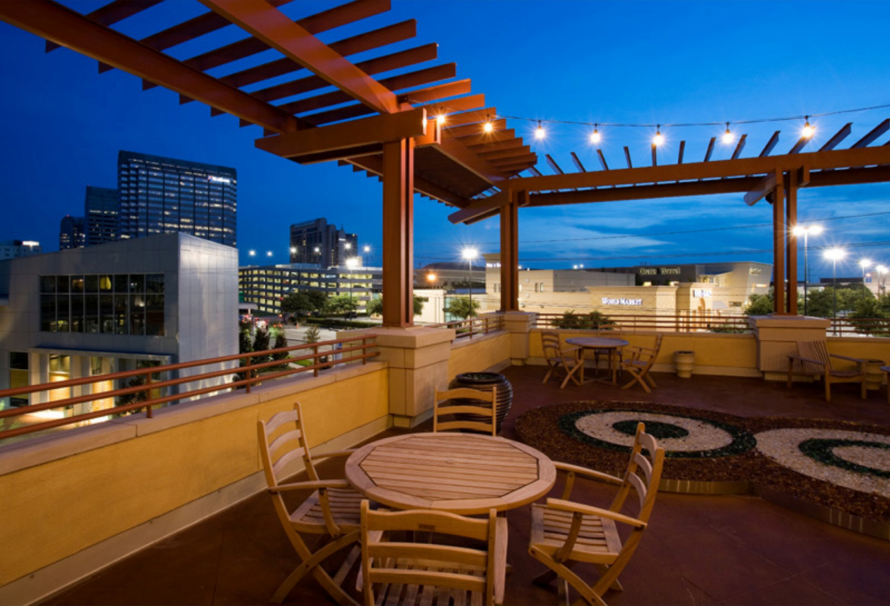Rooftop Deck at Listing #144608