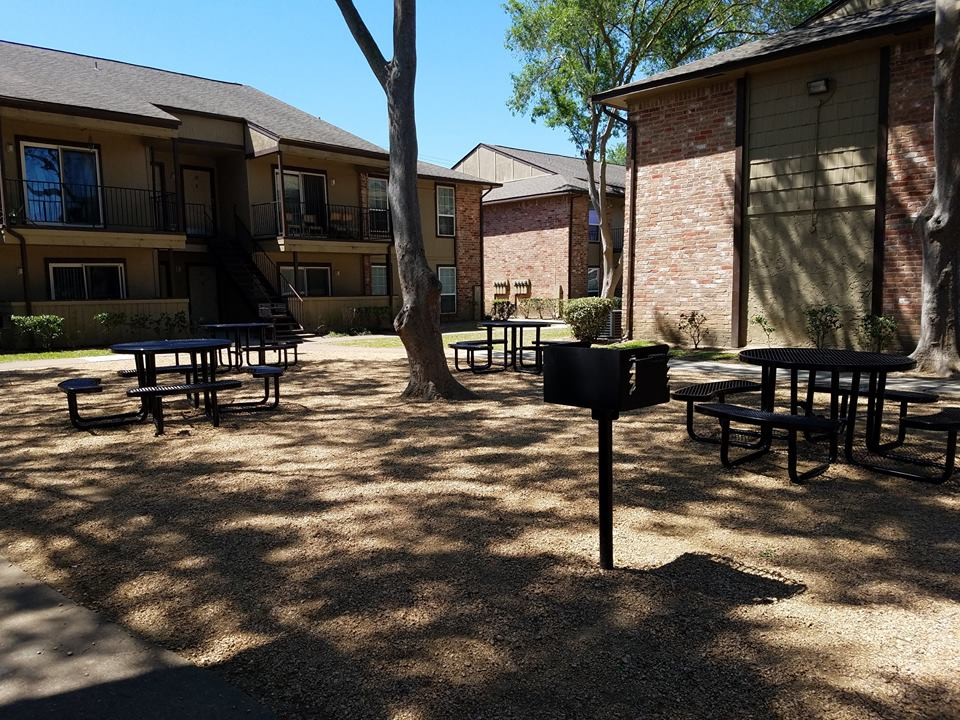 Picnic Area at Listing #139761