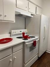 Kitchen at Listing #139618