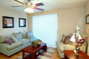 Sunchase Apartments Round Rock 790 For 1 Amp 2 Bed Apts