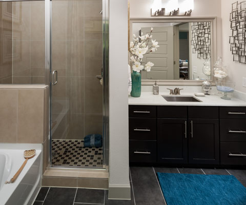 Bathroom at Listing #258896