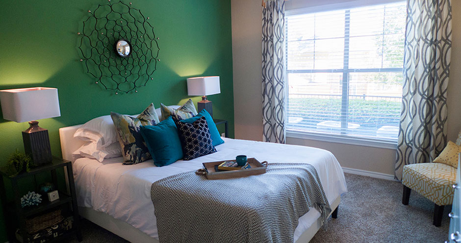 Bedroom at Listing #137969