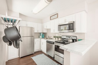 Kitchen at Listing #138704
