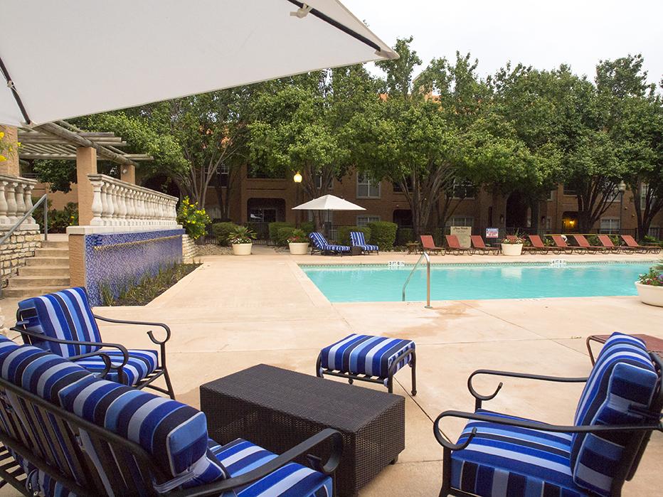 Pool at Listing #140287