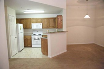 Dining/Kitchen at Listing #144955