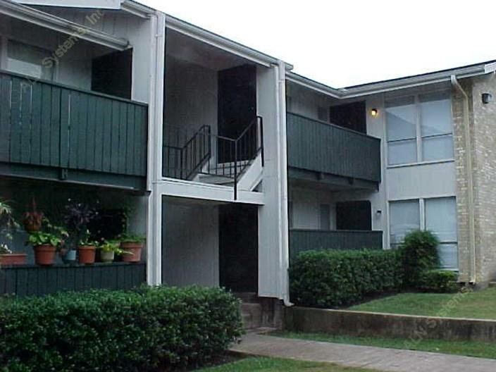 Spanish Pueblo Apartments