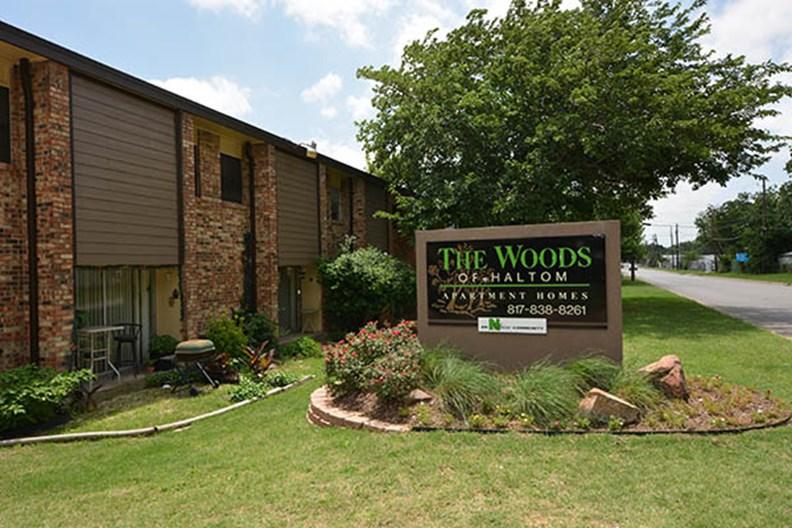 Woods of Haltom Apartments