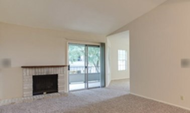 Living at Listing #141110