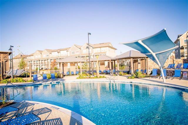 Pool at Listing #268854