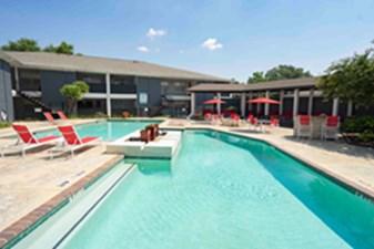 Pool at Listing #139552