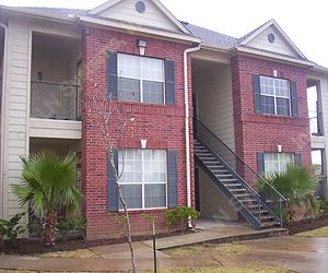Oaks of Hitchcock Apartments Hitchcock TX