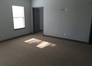 Bedroom at Listing #329073