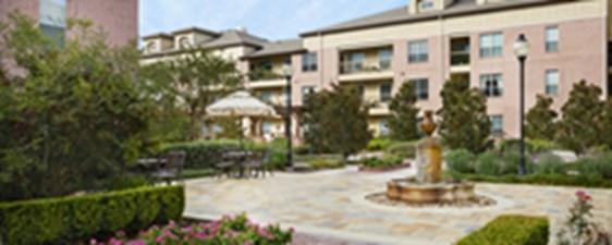 Camden Royal Oaks Apartments