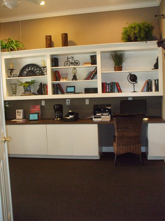 Business Center at Listing #139282