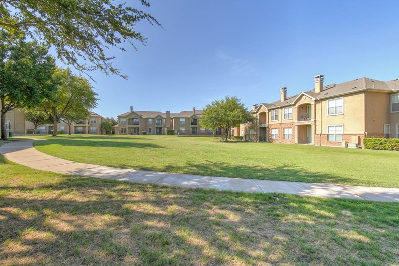 Reserve at Pebble Creek Apartments