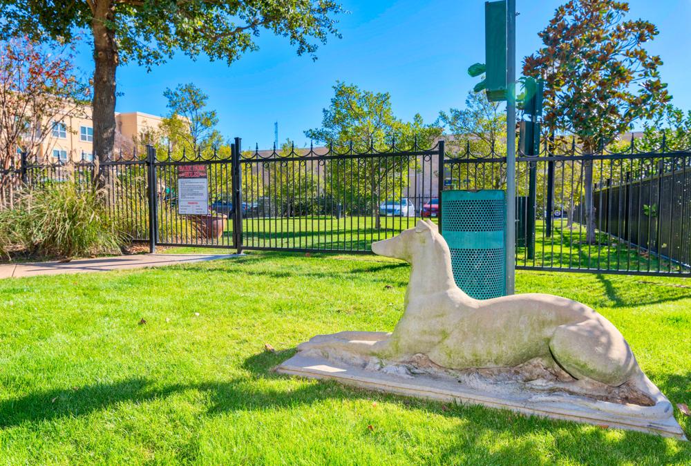 Dog Park at Listing #144937
