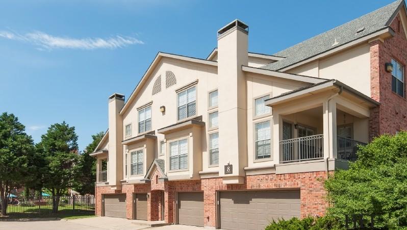 Livingston Apartments Plano, TX