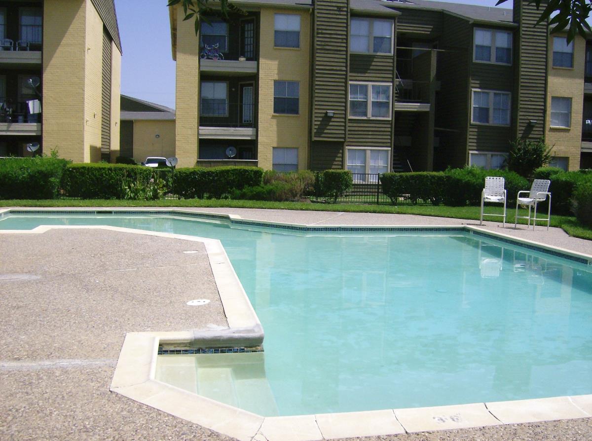 Pool at Listing #139938