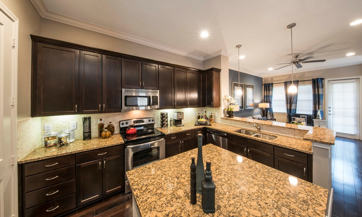 Kitchen at Listing #136592
