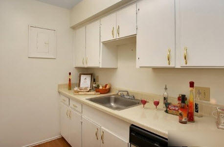 Kitchen at Listing #138311