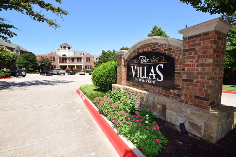 Villas on Bear Creek Apartments