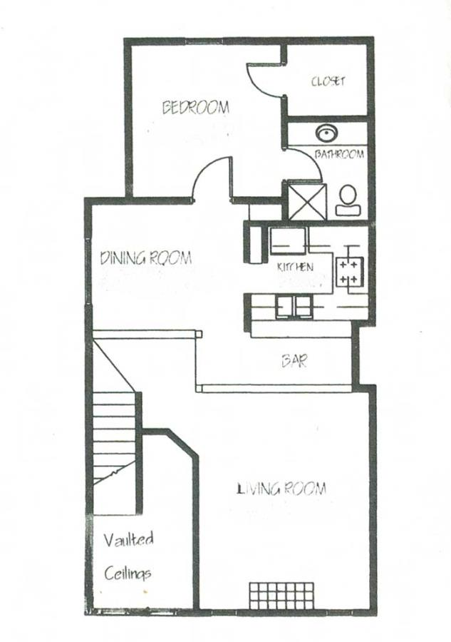 1,357 sq. ft. B2 floor plan