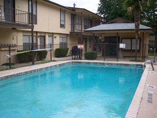 Donaldson Villas Apartments