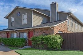 Highpoint Townhomes Apartments Plano TX