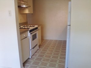 Kitchen at Listing #152970