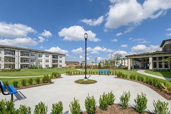 Courtyard at Listing #298235