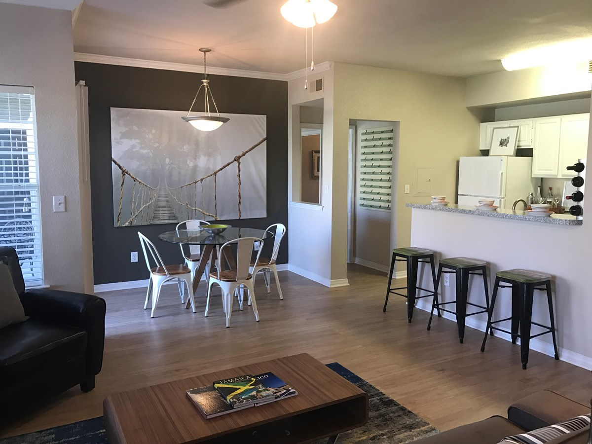Dining/Kitchen at Listing #137785