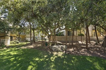 Courtyard at Listing #140271