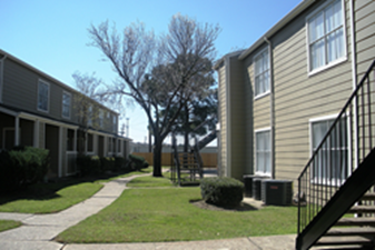 Exterior at Listing #138415