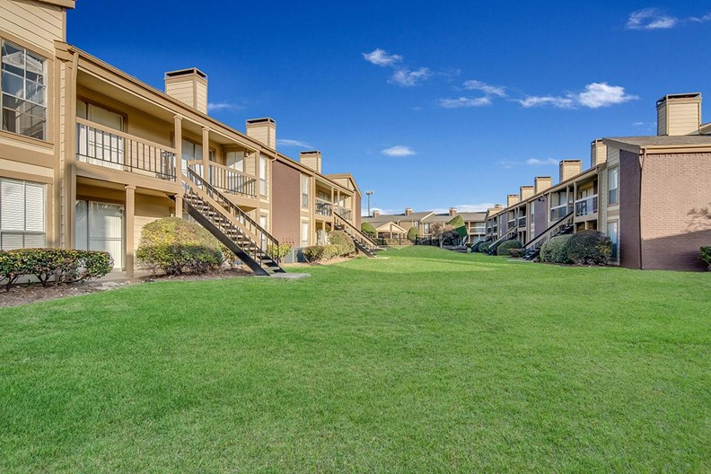 Keller Oaks Apartments