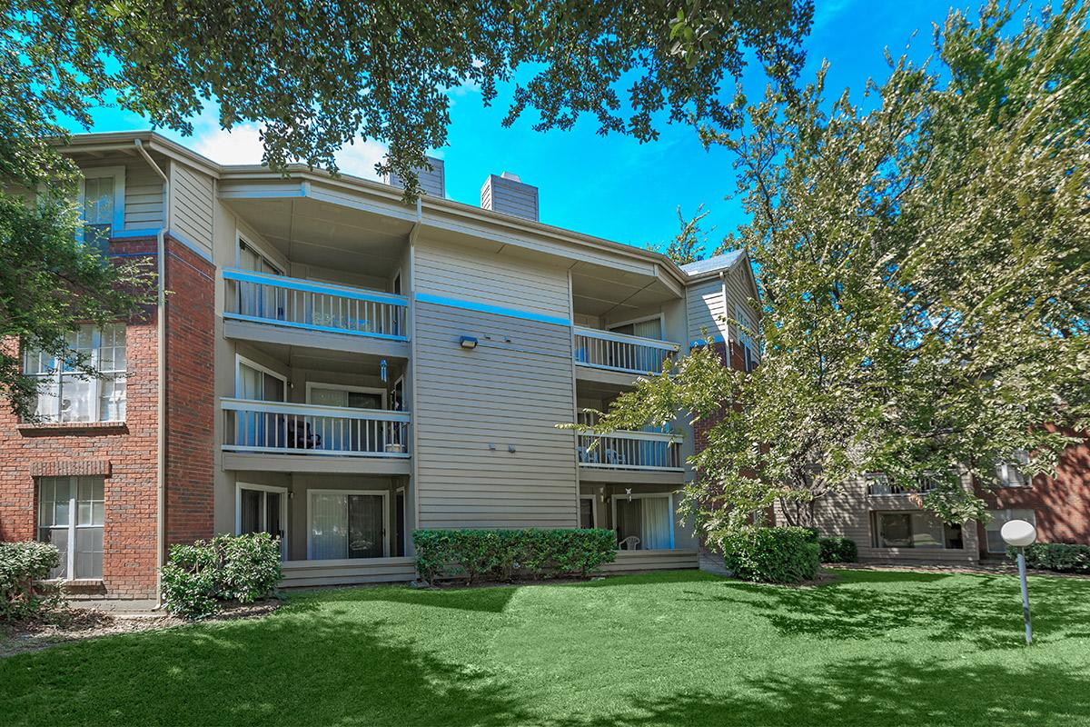 Exterior at Listing #135726